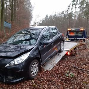 pomoc drogowa auto laweta las